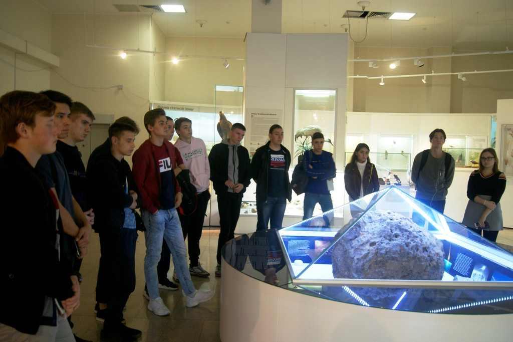 В ЮУИУиЭ прошел день музея 2019